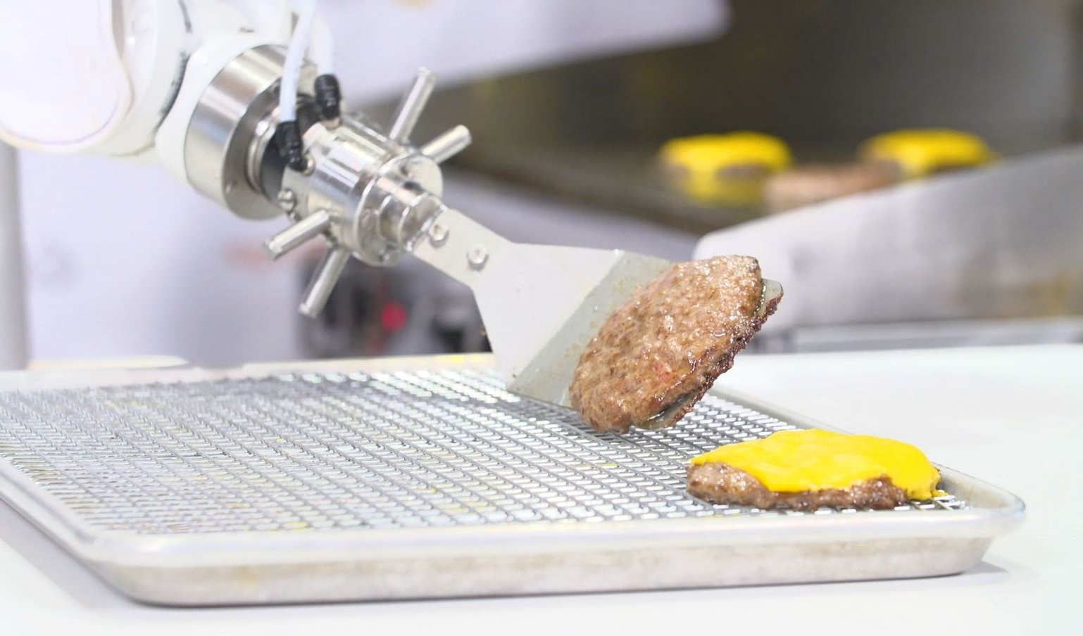 Innovation : un robot qui cuisine pour vous